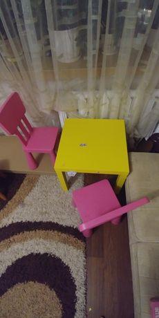 Stolik + 2 krzesła zestaw dla malucha 70 zł