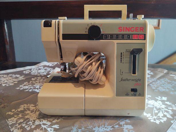 Maszyna do szycia Singer model 324