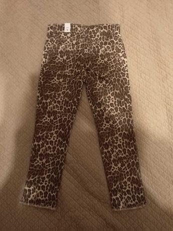 Nowe spodnie jeansowe w panerkę firmy PLACE, rozm. 110-116