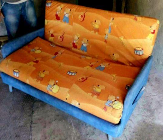 Диван кровать двухспальный фабричный Прогресс в состоянии нового