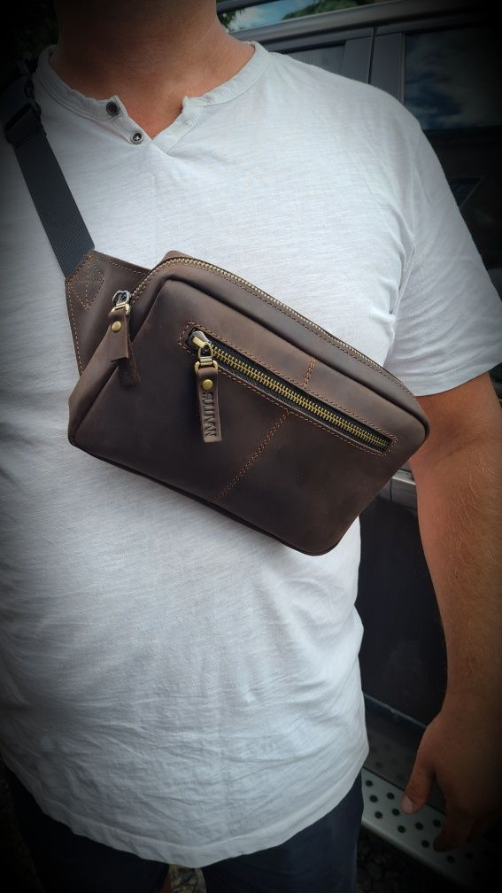 Кожаная мужская сумка на пояс бананка натуральная кожа ручная работа