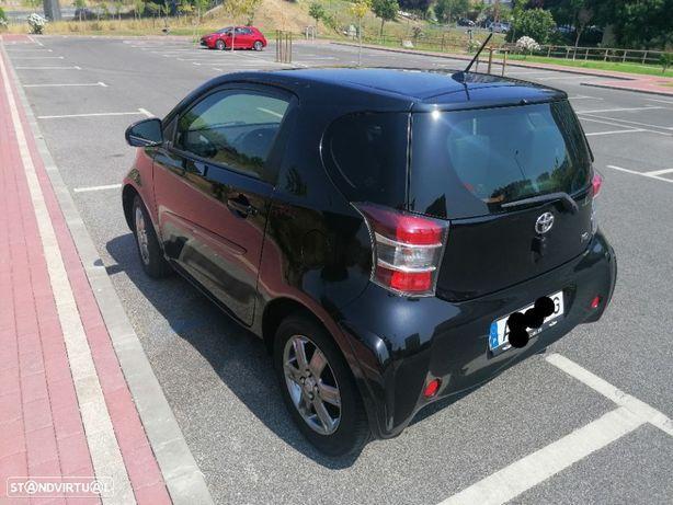 Toyota iQ 1.0 VVT-i 2 EP+NAVI+Bluetooth