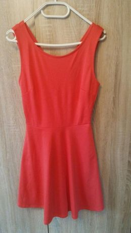 Sukienka czerwona nowa s