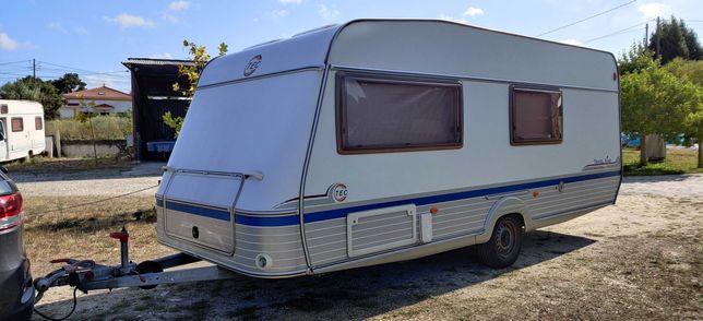 Caravana 3 ambientes 6 dormidas c/ ar condicionado TEC Travel King 510