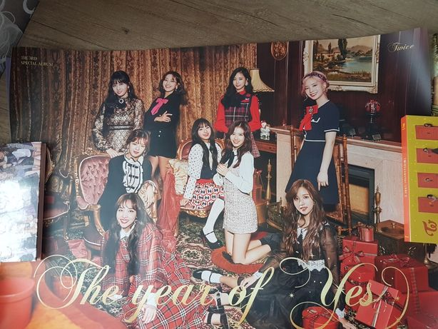 Официальный плакат twice the year of yes kpop