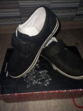Туфлі дитячі для хлопчика  32 розмір