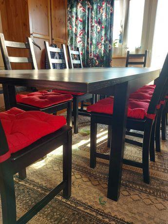 Stół z litego drewna z krzesłami IKEA