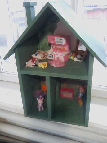 Домік для куколок