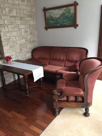 Do sprzedania  komplet dębowych mebli do salonu