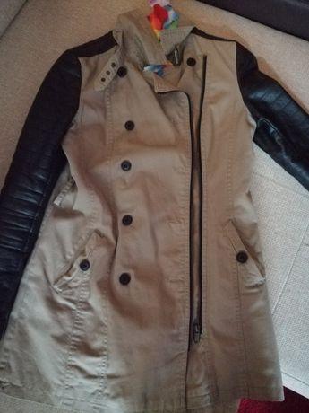 Płaszcz beżowy amisu