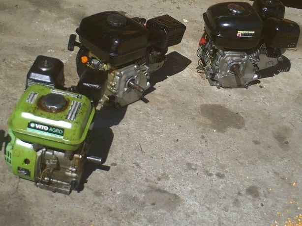 tres motores a gasolina