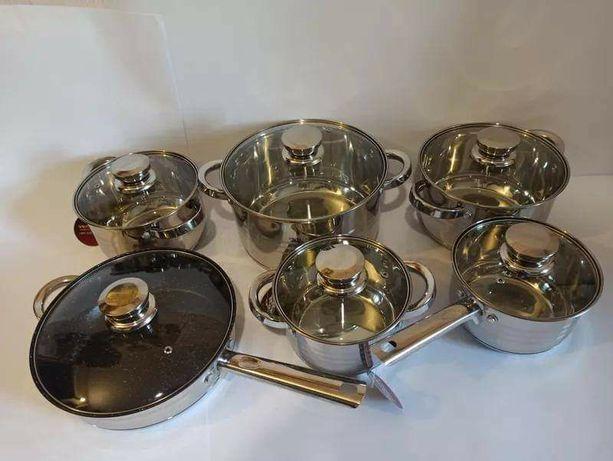 Набор кастрюль и сковорода