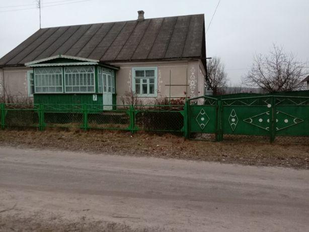 Продається будинок в с.Кунів Ізяславського р.н