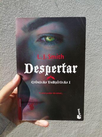"""Livro """"Despertar"""" de Diários do vampiro"""