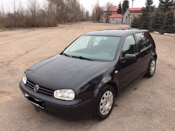 Продам Volkswagen Golf 2002 г. 1.6 бензин (Германия)