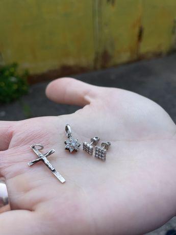 Серебрянные серьги крестик кулон