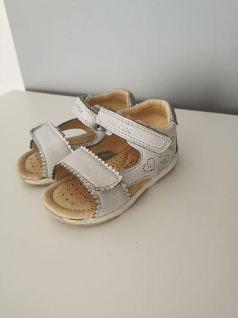 Sandałki Geox r 22