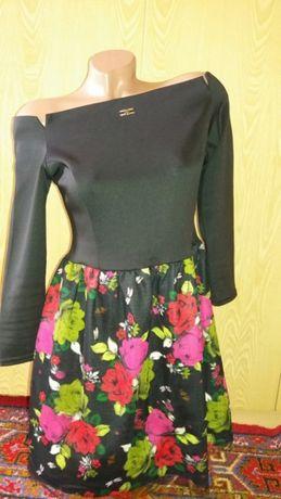 Продам платье 44-46размера.