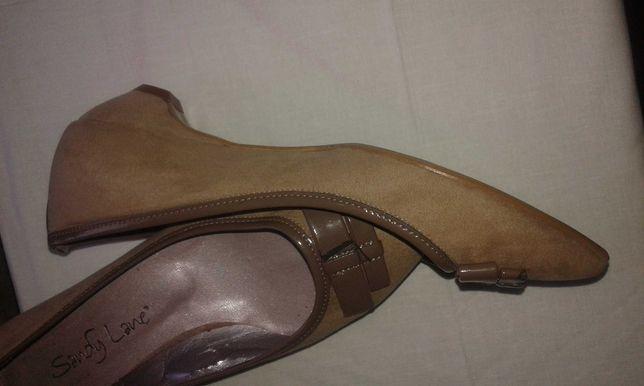 Продаются  туфли  женские 37 разм.