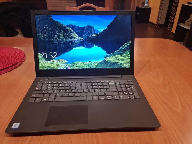 Laptop z firmy Lenovo