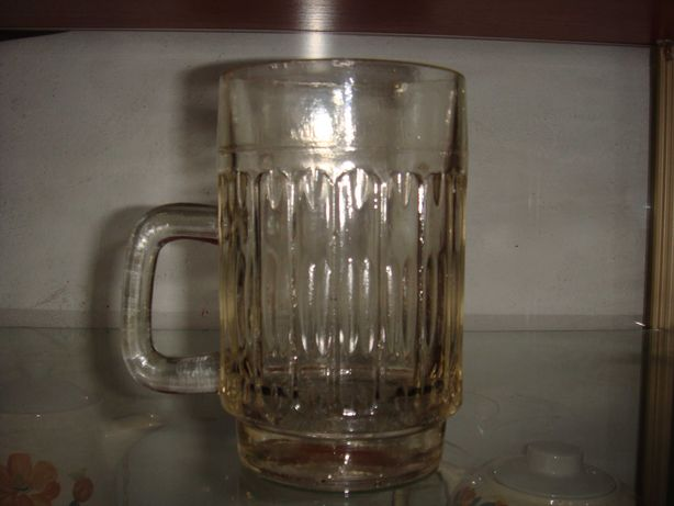 Kufel szklany do piwa 0,5 L z czasów PRL