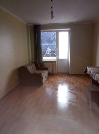 Сдается комната в трехкомнатной квартире