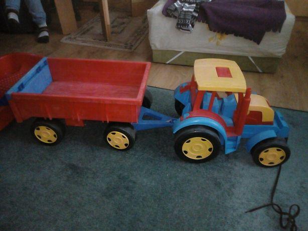 Zabawka traktor z przyczepką odczepiany