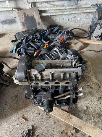 Мотор/ Двигатель/ Двигун Volkswagen Golf (гольф) Skoda (шкода) 1.6 mpi