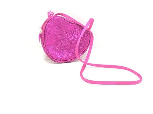 Bolsa Barbie em coração - Nova e embalada
