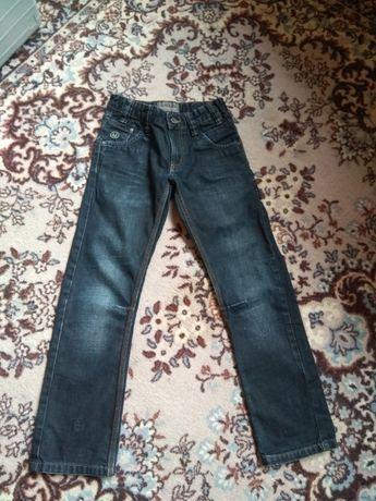 Джинсы на мальчика 140-146,джинси,брюки,штаны