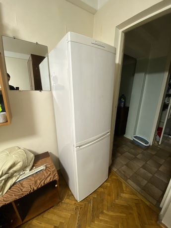 Холодильник Candy не рабочий