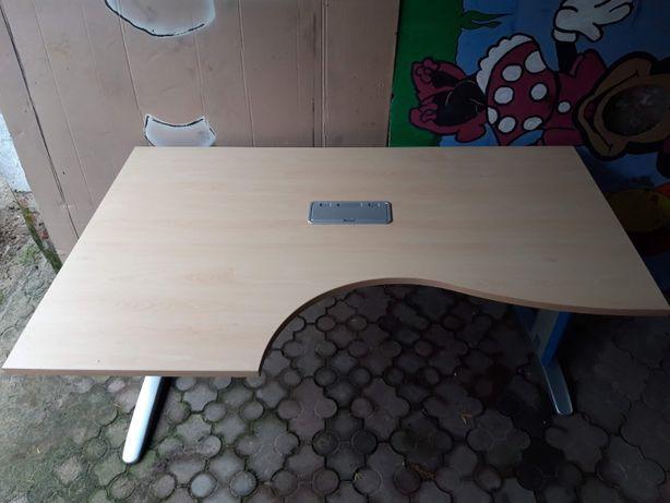 Duże profesjonalne biurko