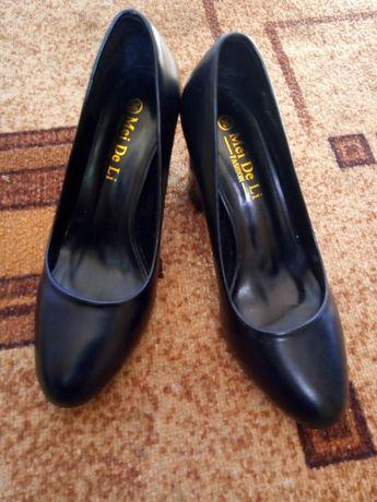 Продаю нові туфлі 36 розм.