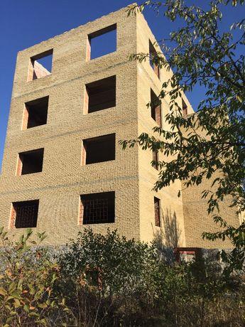 Продам большой дом (незав. стр-во) на участке 36 соток в с.Вольное