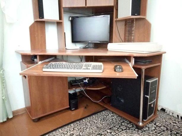 Компютер,ПК,UPS,Монітор,Клавіатура,Мишка,Колонки,Сканер,Веб-Камера