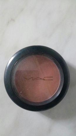 Румяна бренду MAC