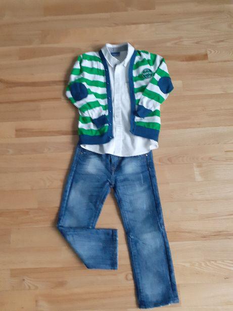 Zestaw biała koszula,sweterek w zielone paski+spodnie jeans