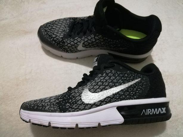 Nike Air Max р. 37