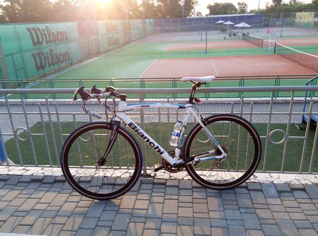 Продам шоссейный велосипед Bianchi C2C Nirone