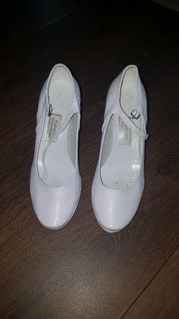 buty ślubne / do ślubu rozm. 38