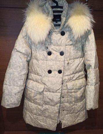 Продам натуральний жіночий пуховик Ice Bear.