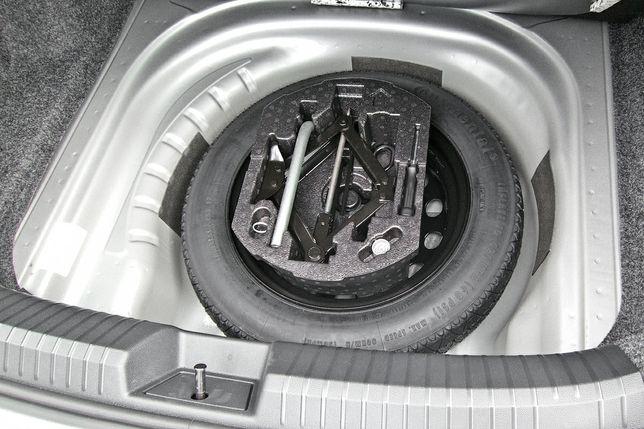 Докатка домкрат ключ VW Volkswagen Passat B8,B6,B7 Škoda Superb