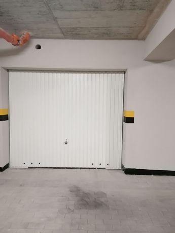 Wynajmę garaż Miłosza 5