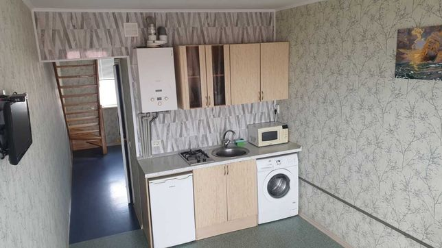 Сдам 2 х комнатную,  2 х уровневую  квартиру в Черноморске