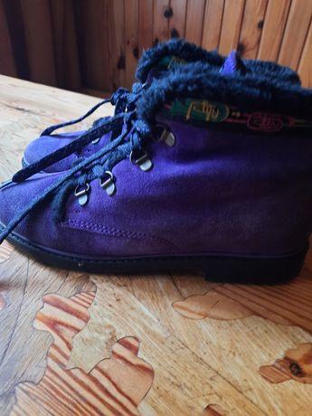 Zamszowe buty rozmiar 38