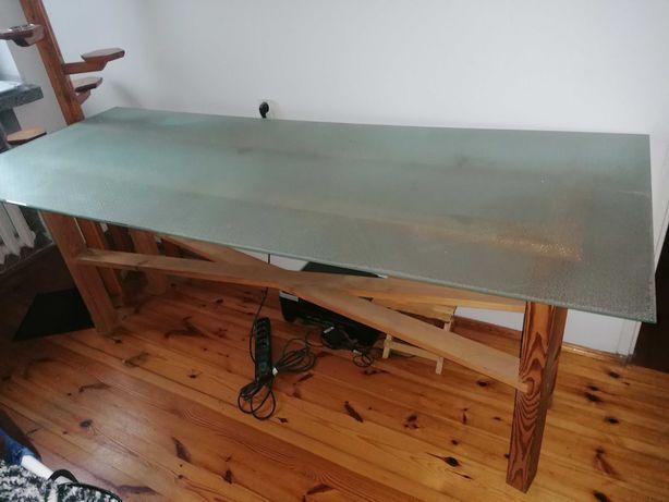 Szklany stół duży