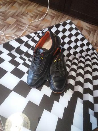 Туфли на подростка 40 размера