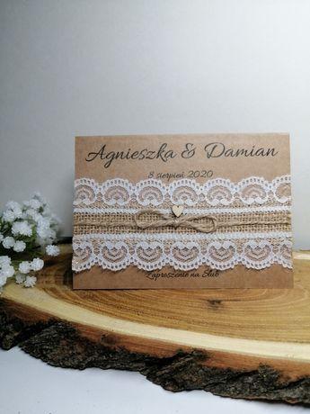 Wyjątkowe zaproszenia ślubne rustykalne z koronką jutą i sercem