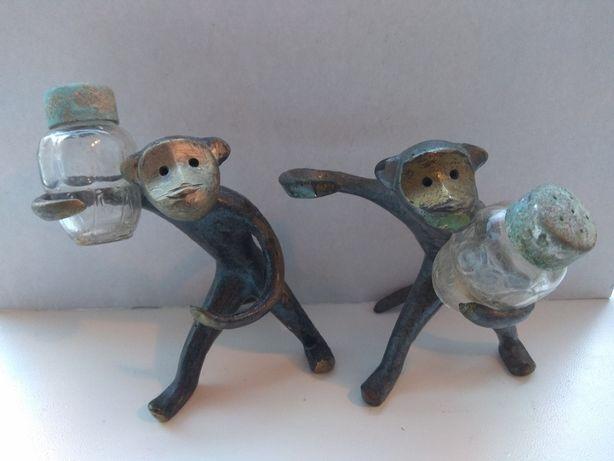 Солонки обезьяны бронза