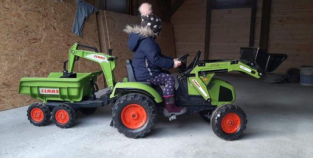Ogromny traktor CLAAS